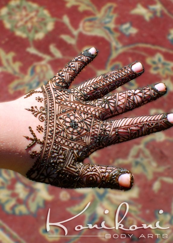 school organizes a henna event sjw s get mad for