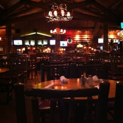 Sportsman s grille american traditional brentwood for Dining near brentwood tn