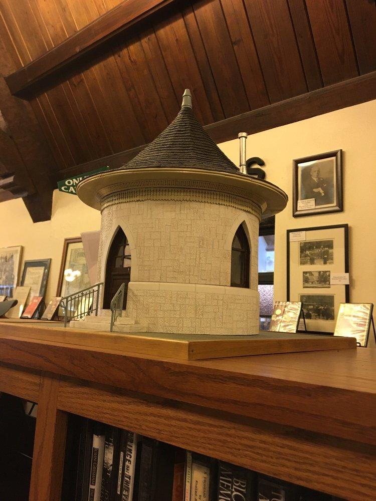 Riverside Public Library Reviews Libraries Satu Burling Il United States