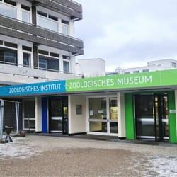 Eingang zum zoologischen Museum der…
