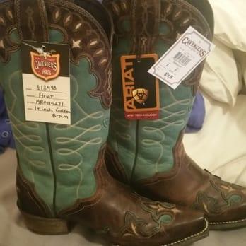 cavender s boot city 12 reviews shoe stores