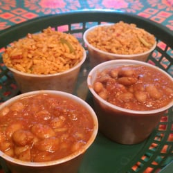 Toto's Tacoz - Rice and beans! Beans and rice! - Wamego, KS, Vereinigte Staaten