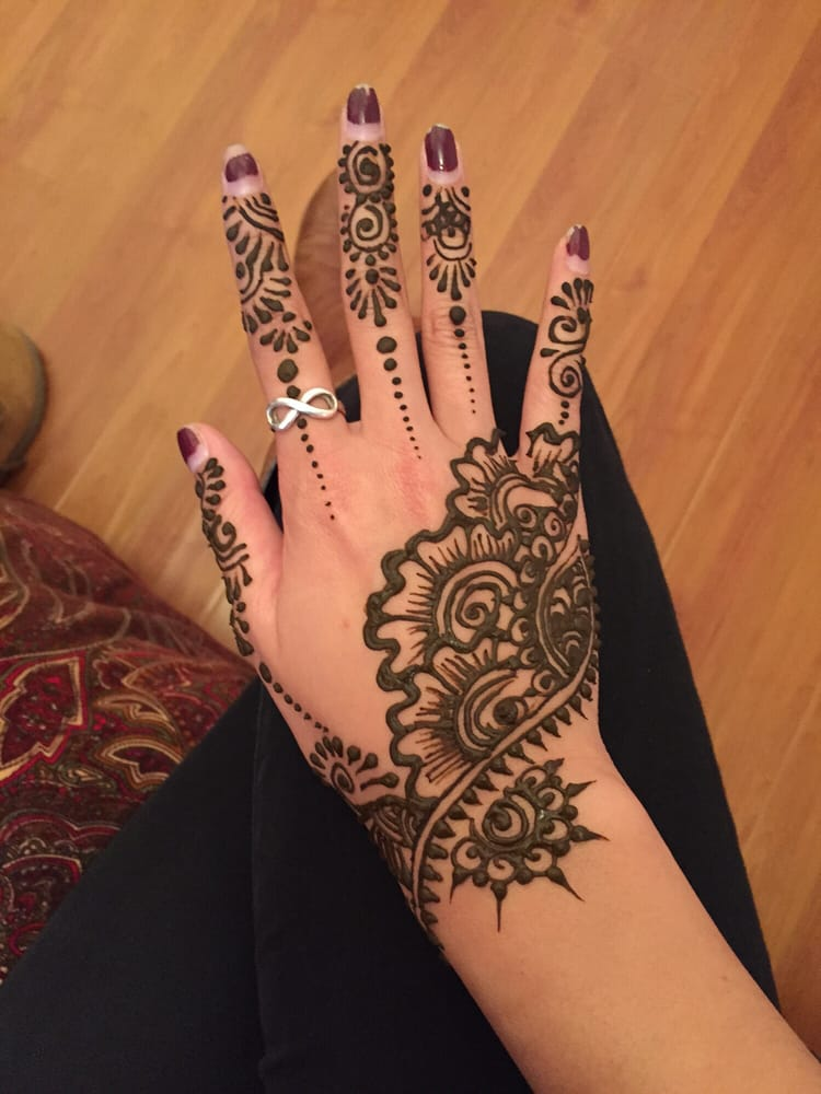 Mehndi Diya Photo : Henna by diya photos artists mira mesa