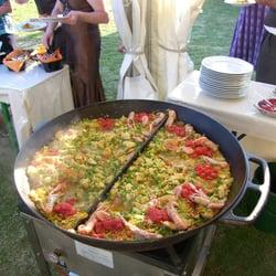 Paella aus der Riesenpfanne