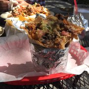 Los Cántaros Restaurant And Taquería - Oakland, CA, États-Unis. Super burrito