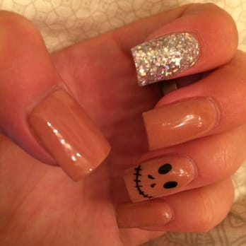 Nail Chix - Redding, CA, United States. Cutest Halloween nails ever