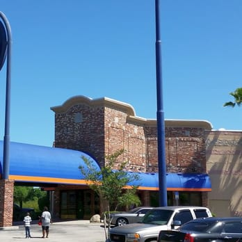 Dave & Buster's coming to Bell Tower Shops in south Fort Myers. Dave & Buster's, where you can eat, drink, play games and watch sports, is coming to Bell Tower Shops in south Fort Myers.