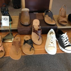 Comfort Can Be Fashionable at Mar-Lou Shoes