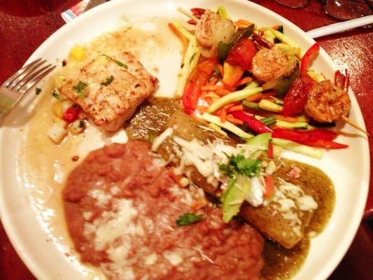 Acapulco mexican restaurant y cantina east hollywood for Acapulco loco authentic mexican cuisine