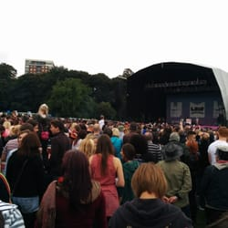 Shaggy performing at the Liverpool…