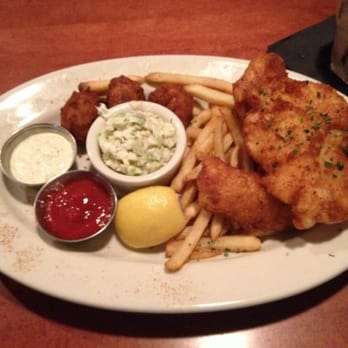 Mitchell 39 s fish market my fish chips delish tampa for Fish market tampa