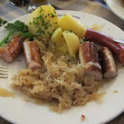 5 Sausages plate - Delish!