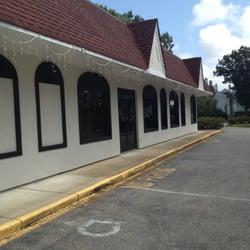 Clothes Horse Saratoga. 396 Broadway | Saratoga Springs, NY 12866