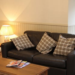 Ardechive by Loch Arkaig - Cottage Living Room