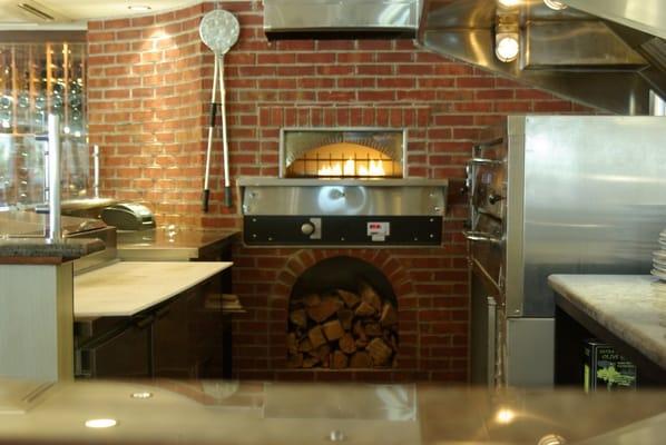 Restaurant brick oven pizza kitchen avalon nj united states