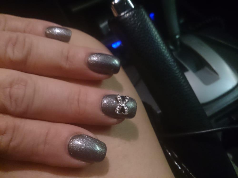 H2o nails spa 19 photos nail salons la ca ada for 10 over 10 nail salon
