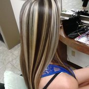 Hair Dresser on Fire - Yes chunky highlights, and what :-) - Montclair, CA, Vereinigte Staaten