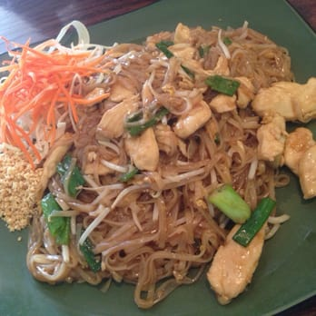 Gumrai thai 129 photos thai restaurants arlington for Arlington thai cuisine