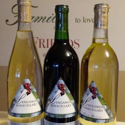 Linganore Winecellars - Purchased a few bottles at the winery :) - Mount Airy, MD, Vereinigte Staaten