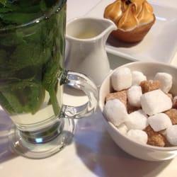 Passion fruit tart and mint tea