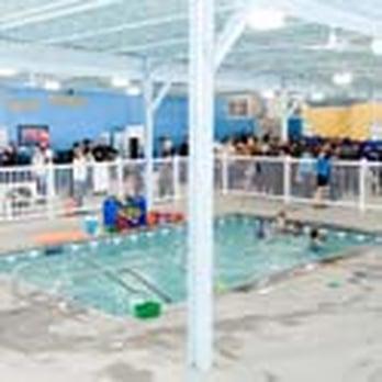 Little fishes swim school swimming lessons schools for Little fish swim school