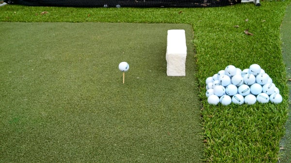 turf crashers backyard golf putting green driving range mat and net