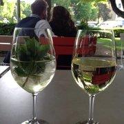 Hugo und Chardonnay (nicht beide für…