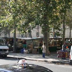 Le marché Monge, Paris