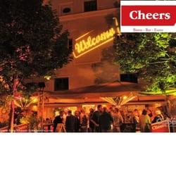 Cheers, Krems an der Donau, Niederösterreich, Austria