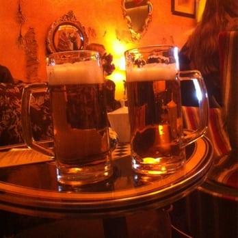 Cafe brecht bars amsterdam noord holland the for Food bar brecht