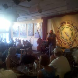 Elk Creek Cafe + Aleworks - Thursday Night Music - Millheim, PA, Vereinigte Staaten