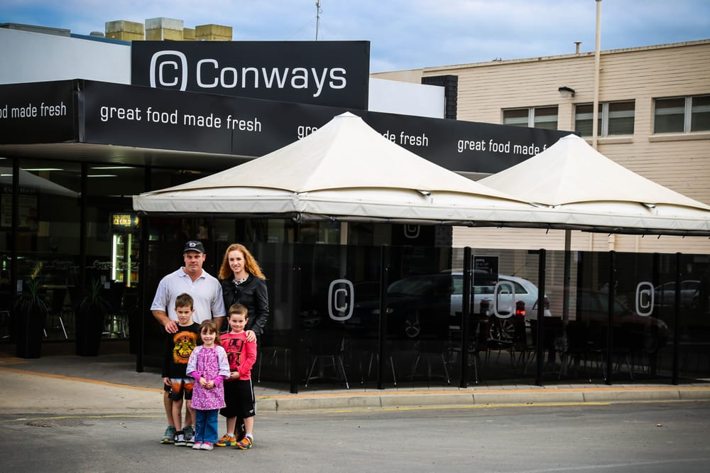 Conway pies bakeries horsham victoria australia for Motor inn near me