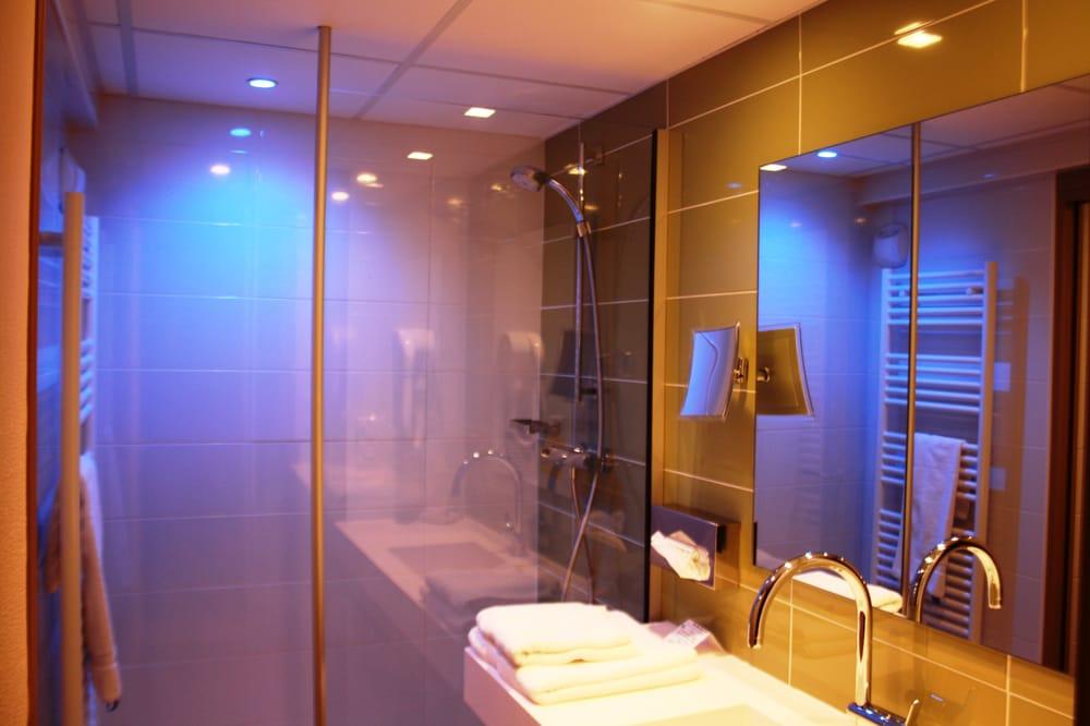 Salle de bain zen bambou et bois yelp - Decoratie salle de bain zen bambou ...