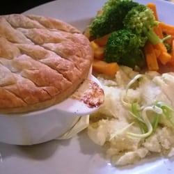 Chicken, Leek & British Ham Pie