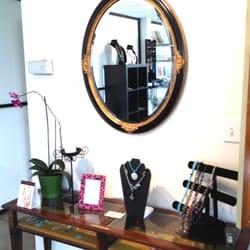 Revive Spa & Yoga - Beautiful healing gems at this sweet spa! - Moss Landing, CA, Vereinigte Staaten