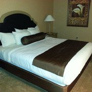 Golden Nugget Hotel & Casino - Amazingly comfortable king bed - Laughlin, NV, Vereinigte Staaten