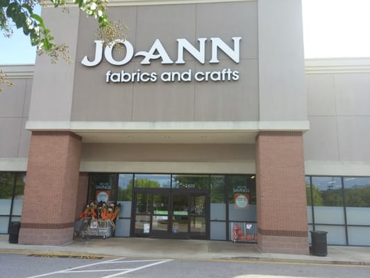 Jo ann fabrics craft fabric stores cary nc yelp for Joann craft store near me
