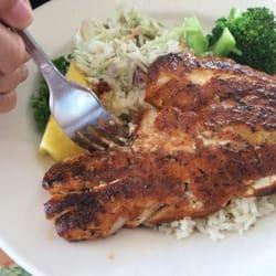 Sea harvest fish market restaurants rockfish cajun for Fish market monterey ca