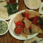Prairie House Tavern - Spinach and Artichoke dip with Fresh Tortilla Chips, (very fresh) - Buffalo Grove, IL, Vereinigte Staaten