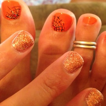 Malibu Nail Spa - Valencia, CA, United States. Halloween Nails!