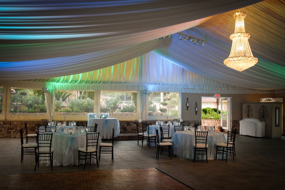 Willows (CA) United States  City new picture : ... Willows Private Lakeside Wedding Estate Fallbrook, CA, United States