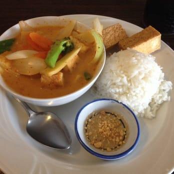 Sukhothai restaurant 14 photos thai restaurants for Arlington thai cuisine