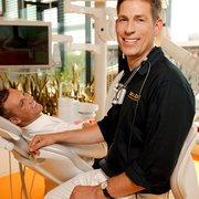 Dr. Stephan Ziegler, Zahnarzt und…