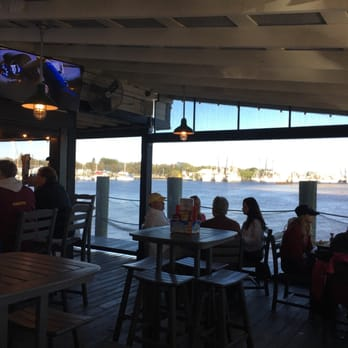 Christopher s 39 s reviews fallston yelp for Dixie fish company