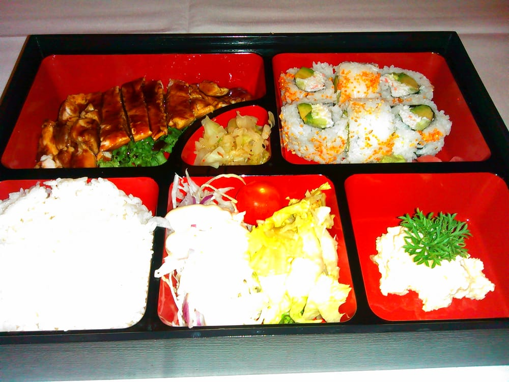 Yoshino japanese restaurant japansk fresno ca usa yelp for Asian cuisine fresno