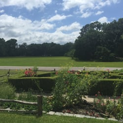 Magnolia Plantation Gardens Charleston Sc United States View From The House Porch