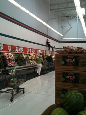 Winco Foods  Rio Rancho Rd Pomona Ca