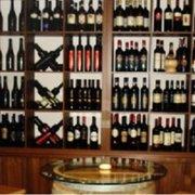 Große Auswahl an italienischen Weinen