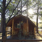 "Flagstaff KOA - Flagstaff, AZ, États-Unis. Our cabin, ""Wigwam"".  Clean and cozy!"