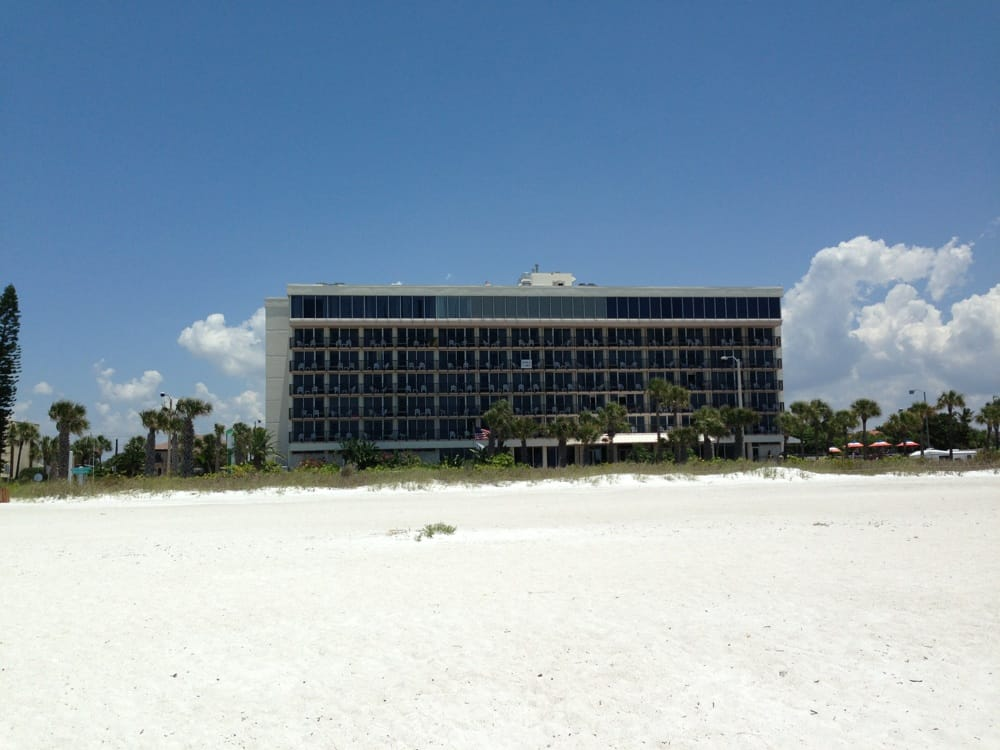 Hotel Holiday Inn Lido Beach, Sarasota - Centraldereservas.com